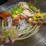 かんかん商店 - 魚介のカルパッチョ  彩り5点盛り880円(税別)