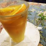 cafe The Plant Room - オレンジ果実のミックスティー 600円