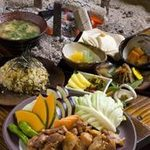 さ-蔵 - 料理写真:地鶏の炭火焼き:厳選された地鶏を阿蘇の溶岩石で焼き上げ、大将こだわりのタレでいただきます。当店の人気№1メニュー。