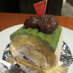 上島珈琲店 - やぶきた茶のロールケーキ 420円