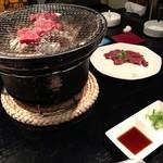 大政 - 新鮮な食材を七輪で焼いて食べます。