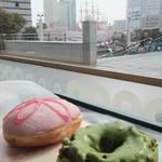 クリスピー・クリーム・ドーナツ - 2013/3/29 サクラ、抹茶オールドファッション