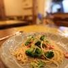 Adomani - 料理写真:オイルとブロッコリーのパスタ