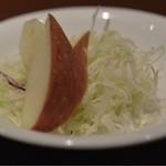 洋食 金宝堂 - 500円ランチ、サラダ