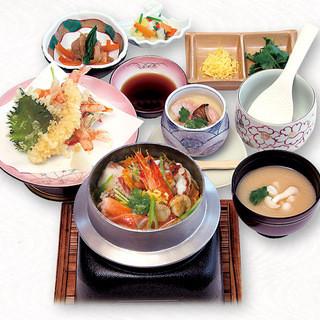 旬の食材を使用した和食をお楽しみください