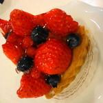 いちごの樹 - フルーツやさんのフルーツケーキはひと味違う♪