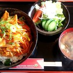 炙り家 - 賄い丼(豚キムチ)ランチ