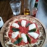 18164192 - ランチ マルゲリータピザ