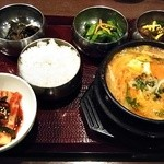 チェゴヤ - 韓式ハプサン定食 全景