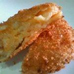水野家 - 料理写真:チーズコロッケ
