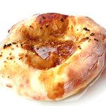 カフェ・コンニチワ - 醤油ガーリックパン