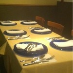 イル・ラメリーノ - 奥のテーブル席