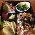 巨海寿し - 料理写真:日替り弁当  1000円