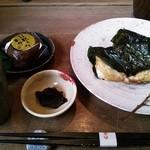 茶房 - いそべ焼きセット800円。