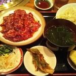 洙苑 - ランチ!焼き肉定食1000円!