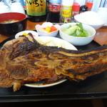 全国珍味・名物 難波酒場 - まぐろカマ焼定食