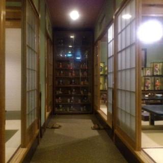 2階にはお座敷があり、完全個室としてお使い頂けます。