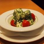 エビス バー - 北海道産クリームチーズの和風カプレーゼ