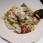 18181450 - サラダがボリューミーで嬉しい。