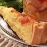 プチレストラン 雅司亭 - 料理写真:新玉ねぎとベーコンのキッシュ