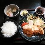 旬彩創宴 貴代 - 豚の黄金焼き定食¥700