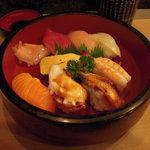 半平寿司 - にぎり八貫!