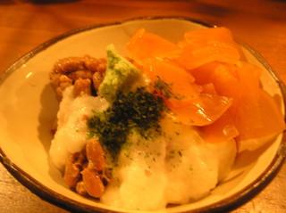 海鮮や辰海 - 納豆好きにはたまらない、ねばねばと刺身のコラボレーション☆