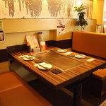 お好み焼 きじ - 家族連れに最適★テーブル席