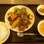 木蘭 - 牛肉と野菜炒め定食