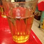 チャオチャオバンブー - お水の代わりにジャスミンティーが有ります。