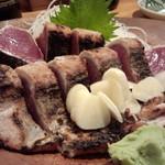 黒尊 - 鰹の塩タタキ・アップ