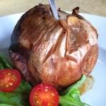 トラットリア彩會 - 料理写真:名物!玉葱の岩塩包み焼き