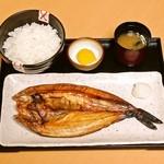 小樽ポセイ丼 - 北海道のホッケは脂のノリが違います!