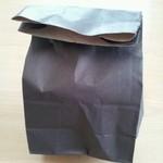 18209424 - シンプルな包装