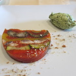 シャンブル・アヴェク・ヴュ - イワシと南仏野菜のテリーヌ バジルのムース