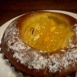 アルフォンソ - 甘夏ののったパン