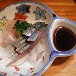 砂丘屋 - 〆鯖と関のイサキ。