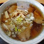 小川屋 - ハーブ豚の自家製チャーシュー麺