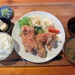マゴコロ - から揚げ定食(780円)とってもジューシー!