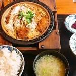 18214166 - カツ煮定食