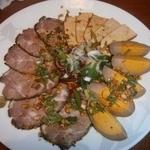 18219731 - 煮豚、煮卵、台湾豆腐干の盛り合せ(850円)
