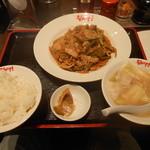 ながさき - 豚肉とニンニクの芽のスタミナ焼肉