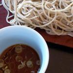 手打そば茶寮 まつ野 - つゆは蕎麦の風味ををこわさない上品な味わい