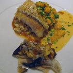 ヴィラージュ・アキヨシ - 甘鯛の伊雲丹ソースにとり貝