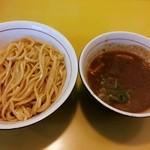 60 - つけ麺(中盛)