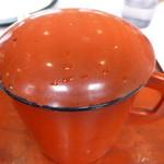 ふるさと紀行 - 蕎麦湯はカウンターに準備されています