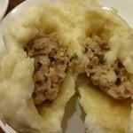 CHINA EXPRESS 杏花園 - 自家製肉まん