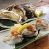 くいどうらく - 料理写真:牡蛎にぎり