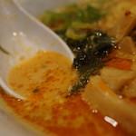 中華 まるちょ~ - スープ
