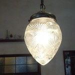 18242028 - 店内のランプ
